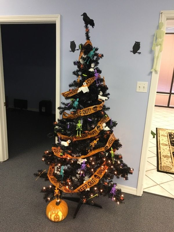 Office holiday trees can change with the season! #office - halloween decorations for the office