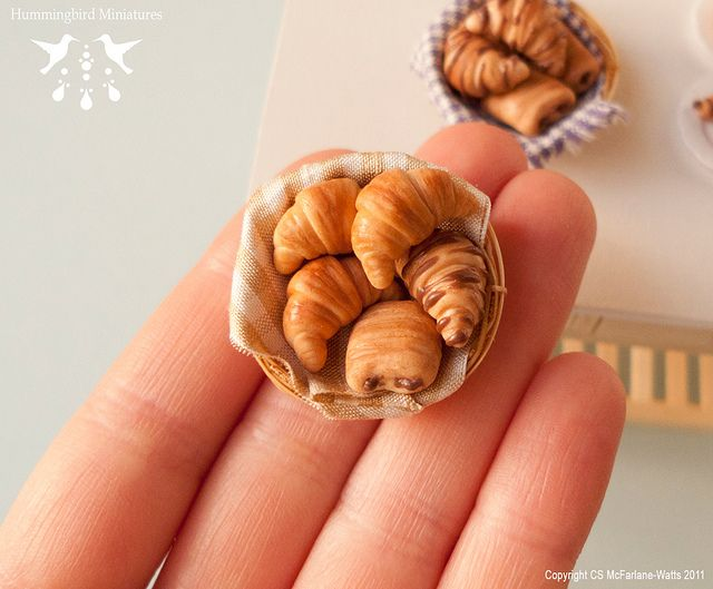 Basket of Croissants Doll House Miniatures 1:12 Scale Food /& Drink