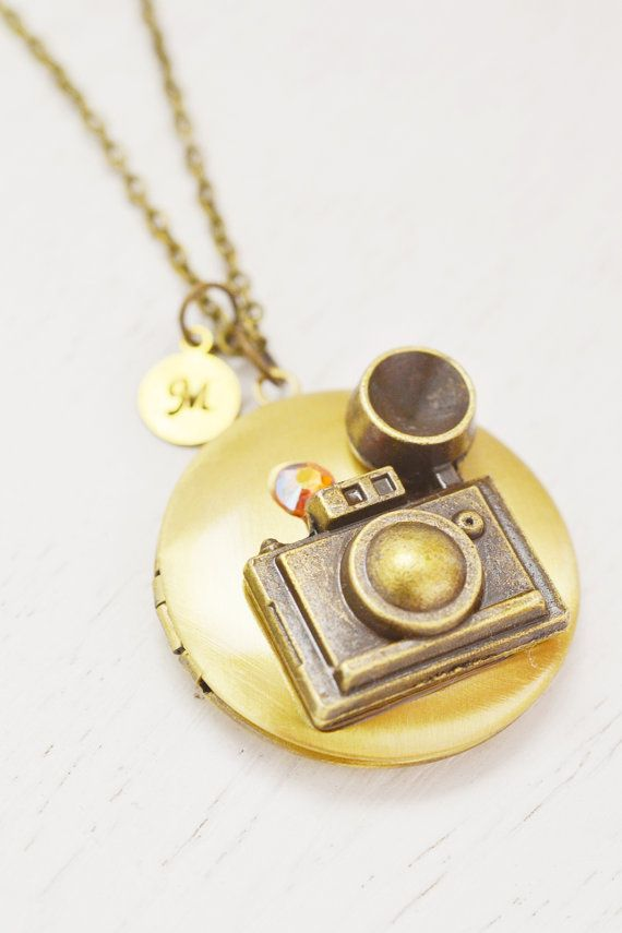 Locket Necklacegraduation Giftphotographer Birthdayphoto Locketpicture Locketopen Jewelrycamera Lockettravel Giftlong Necklacepersonalized