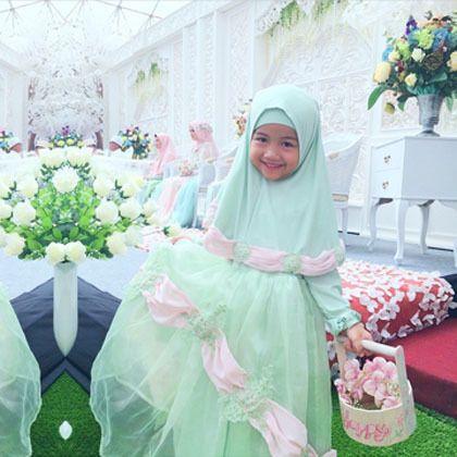 Foto Inspirasi Gaun Pengantin Syari Dari Pernikahan Putri Ketiga Aa