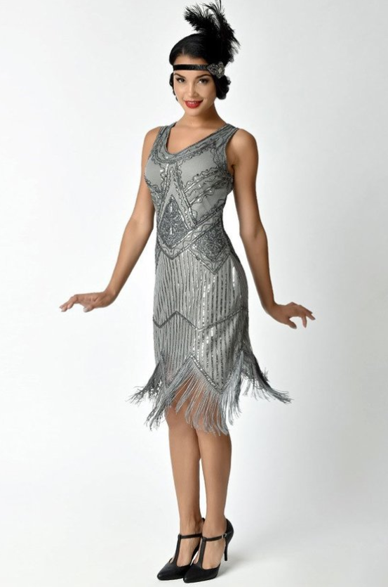 bfd90826 1920's Silver Beaded Flapper Dress | clothes | Fringe flapper dress ...