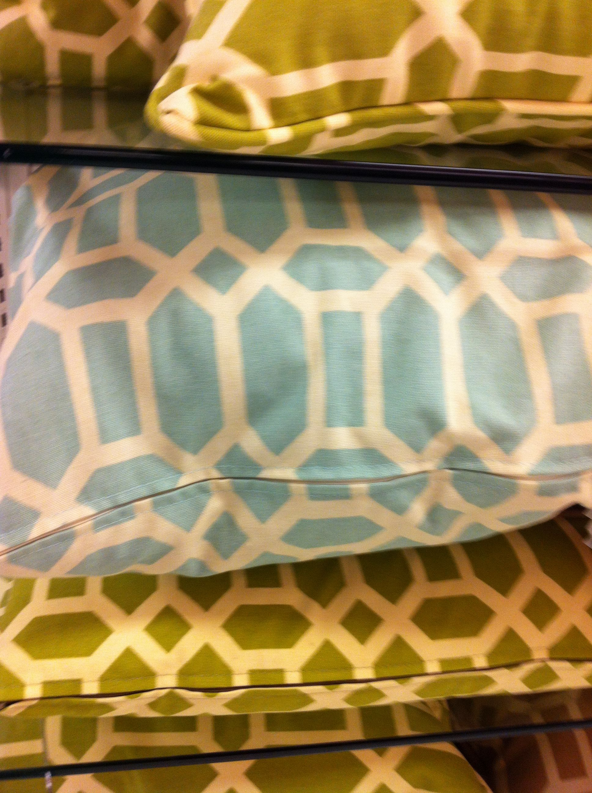 Decorative Pillows At Tj Maxx : Pin by Kristin Alvarado on Kristine and Franks house-Bainbridge Pin?