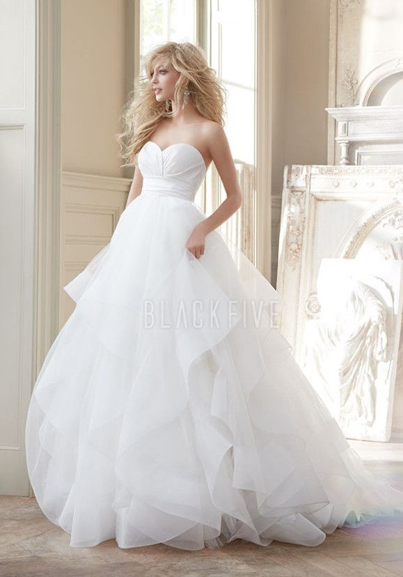 Fantasy Ball Gown Sweetheart Tulle Natural Waist Floor Length Wedding Dresses
