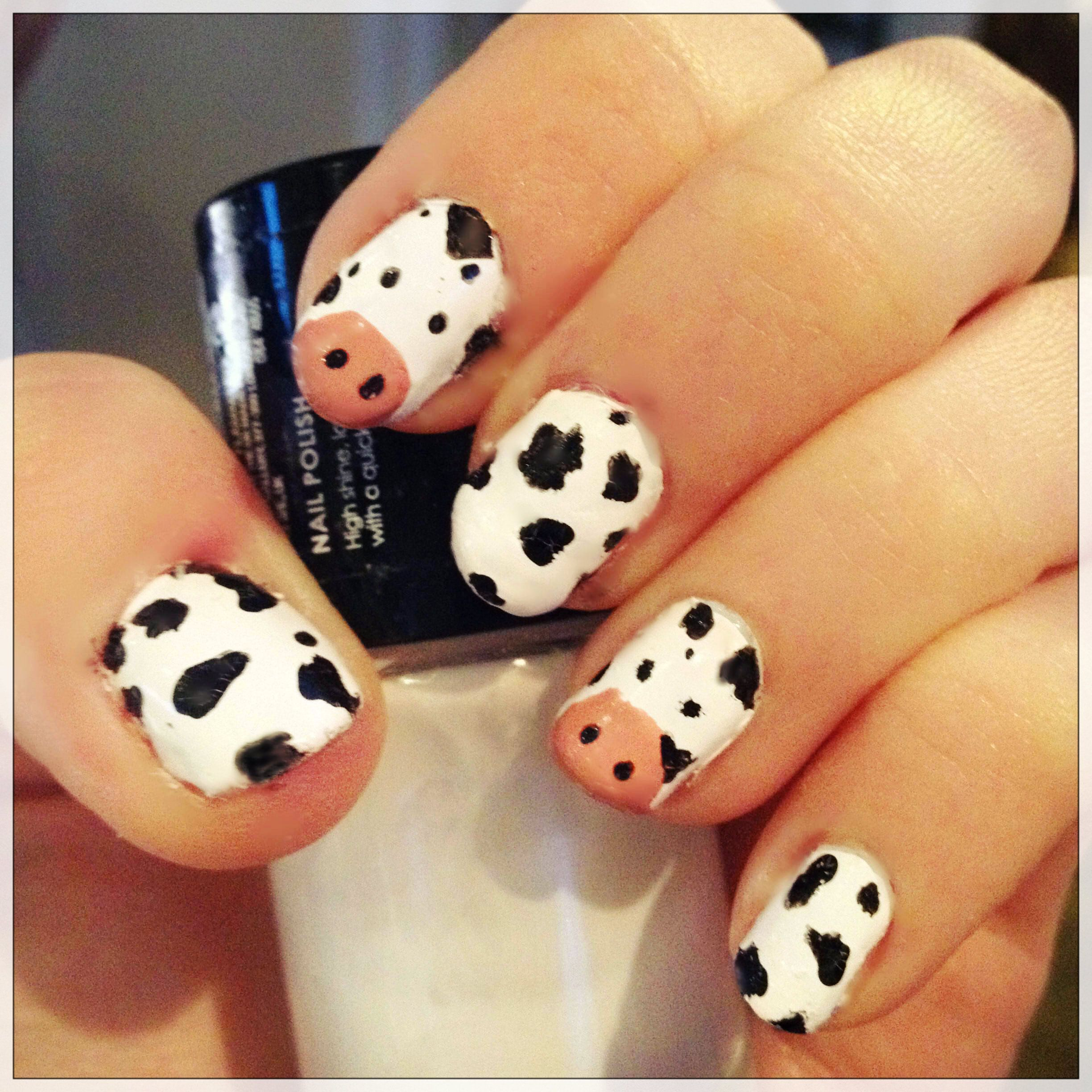 Funny Cow Nail Art Design