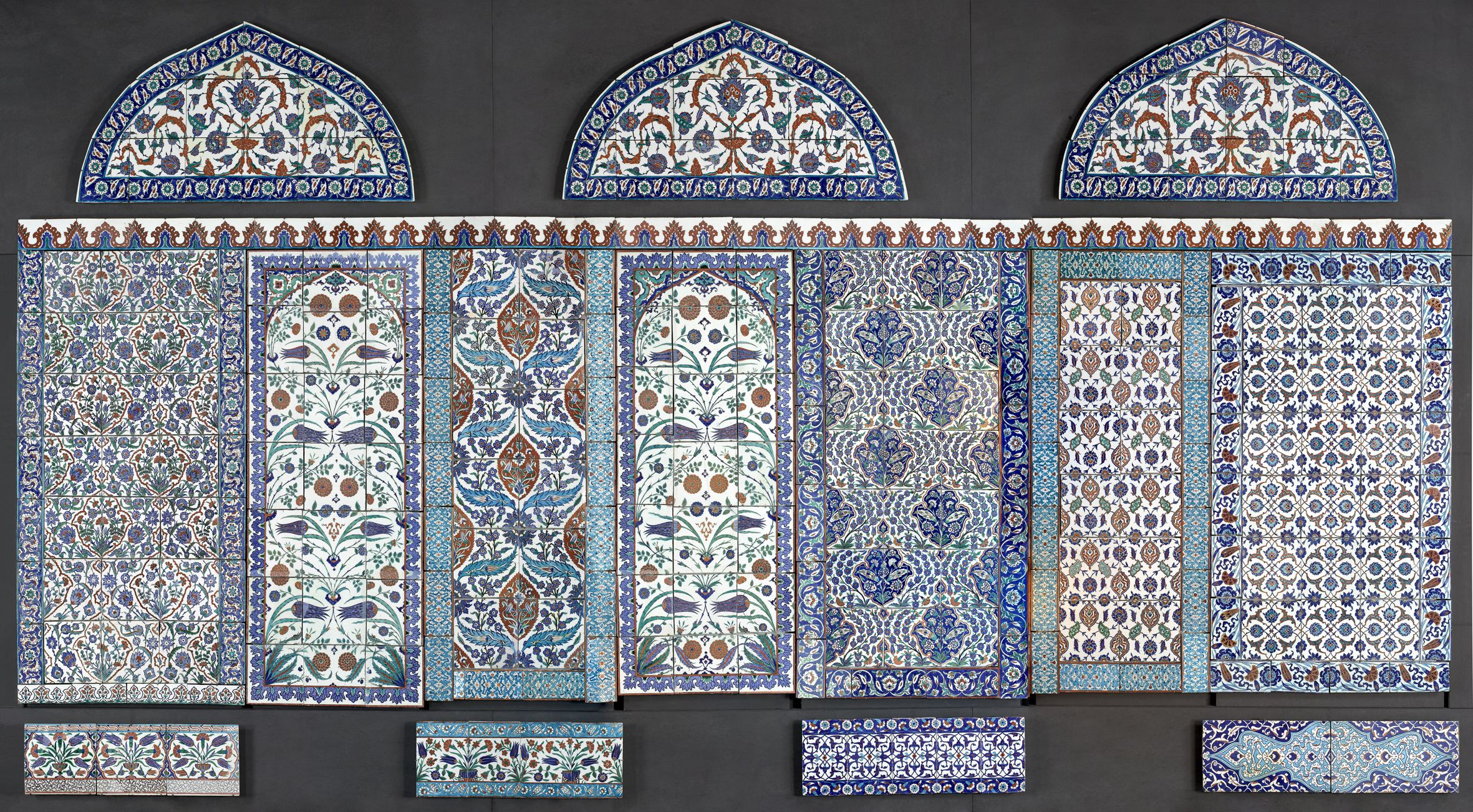 The new #islamic Galleries of the Louver, #paris Wall made up of 16th-19th centuries Ottoman ceramic tiles, 3.50 x 12 m. © M… | Musée du louvre, Islamic art, Louvre