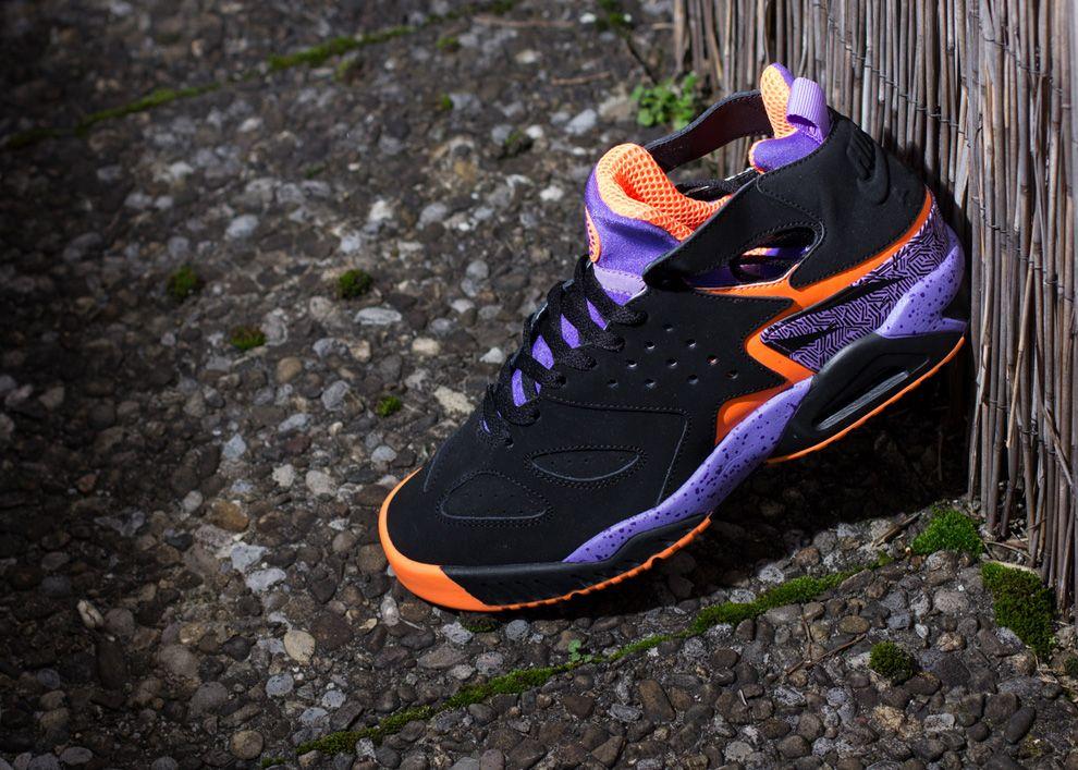 "Nike Air Tech Challenge Huarache ""Atomic Orange"""