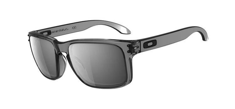 de3d2e8c359a35 Grey Smoke Black Iridium   My Style   Pinterest   Oakley