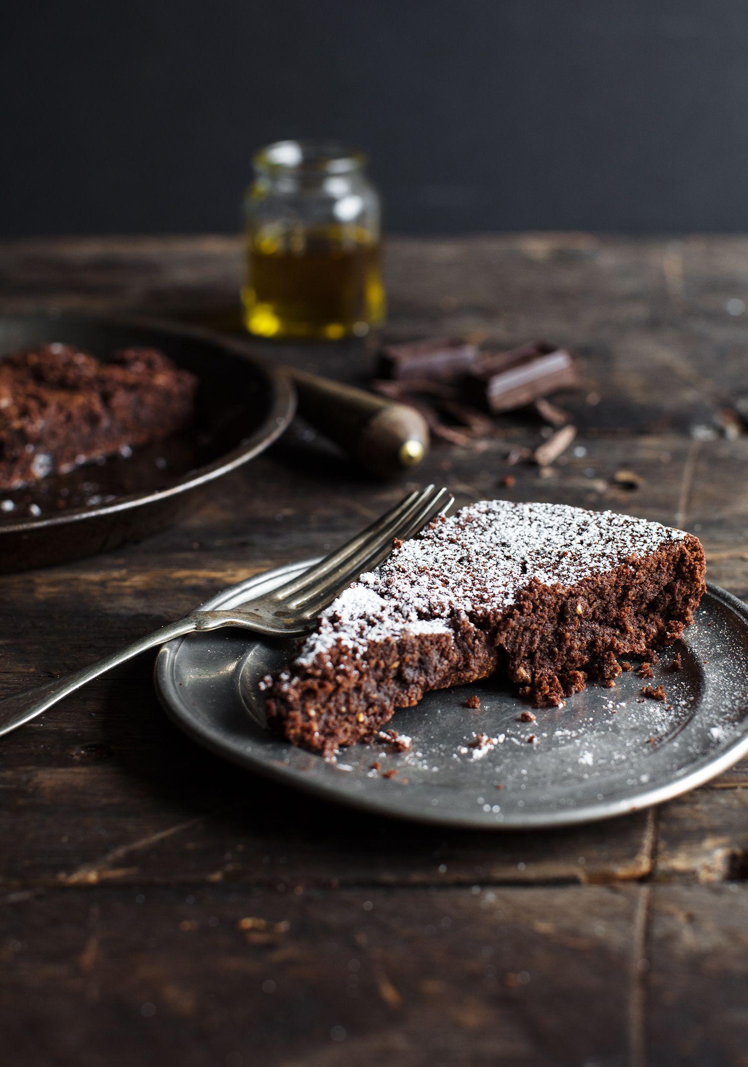 Gâteau fondant au chocolat, aux amandes & à l'huile d