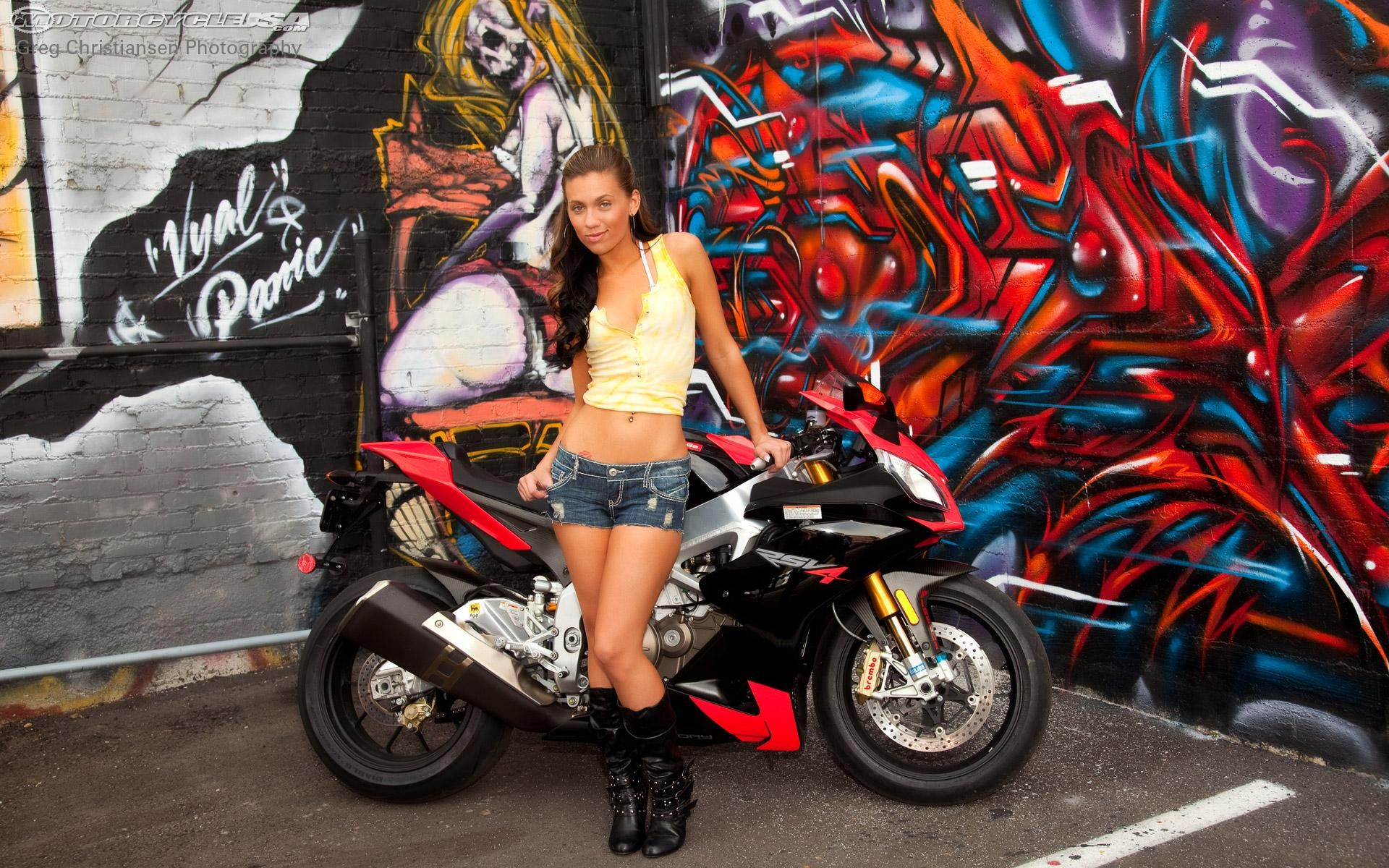 Girls On Motorcycles Wallpapers Sexy Girls And Motorcycles