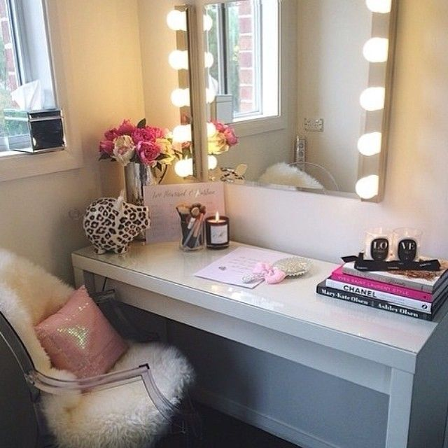 ideas for this makeup table