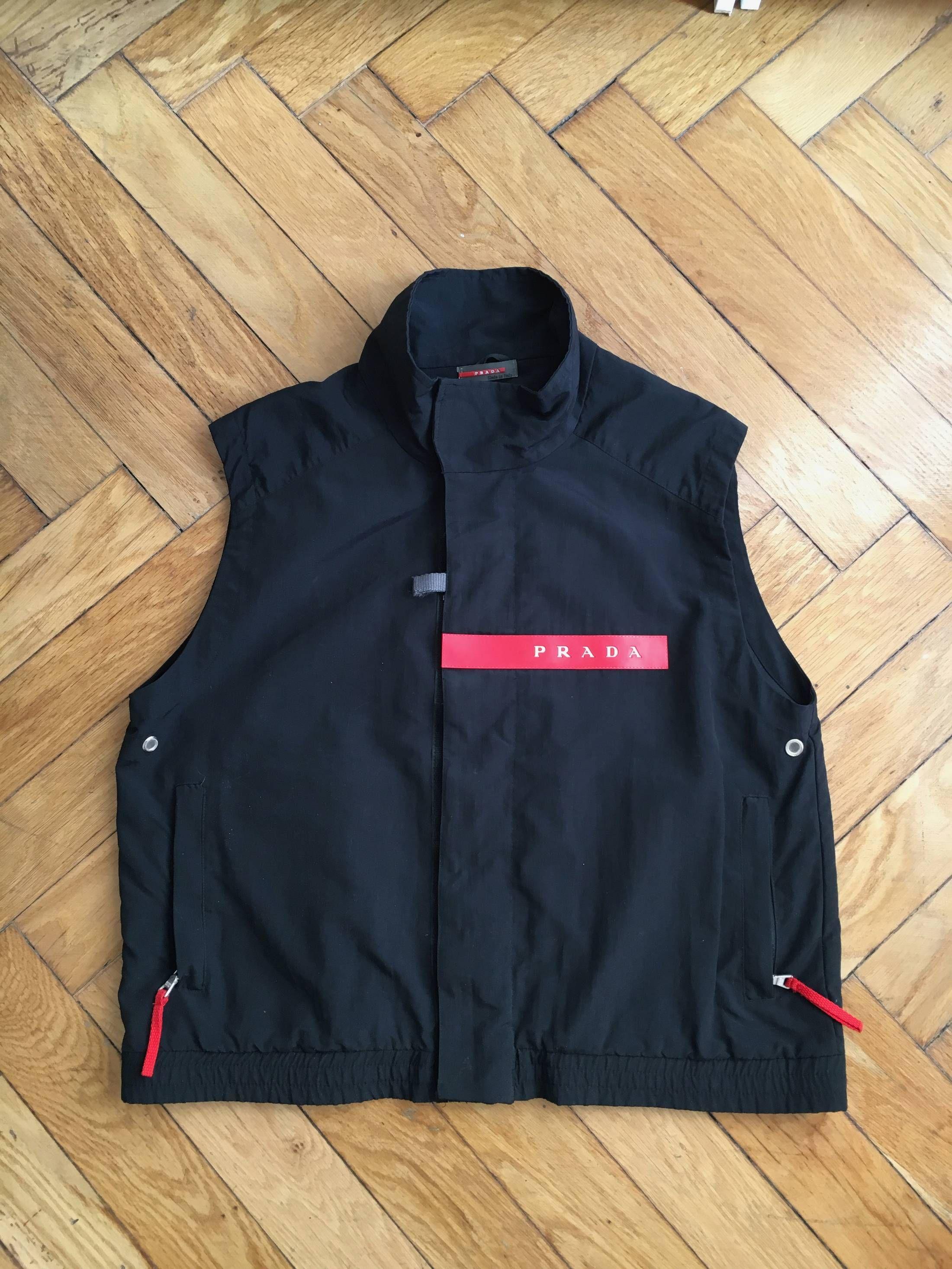 6996610c9167 Prada Rare Prada 90s Nylon Vest Size US S   EU 44-46   1
