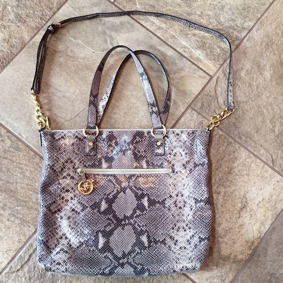 e699e3c6c4a4 NWOT! MICHAEL KORS Python Shoulder Bag