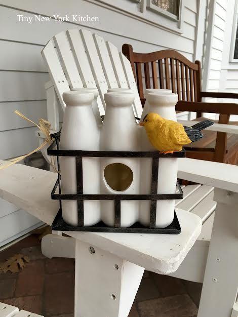 http://www.tinynewyorkkitchen.com/milk-bottle-bird-house/