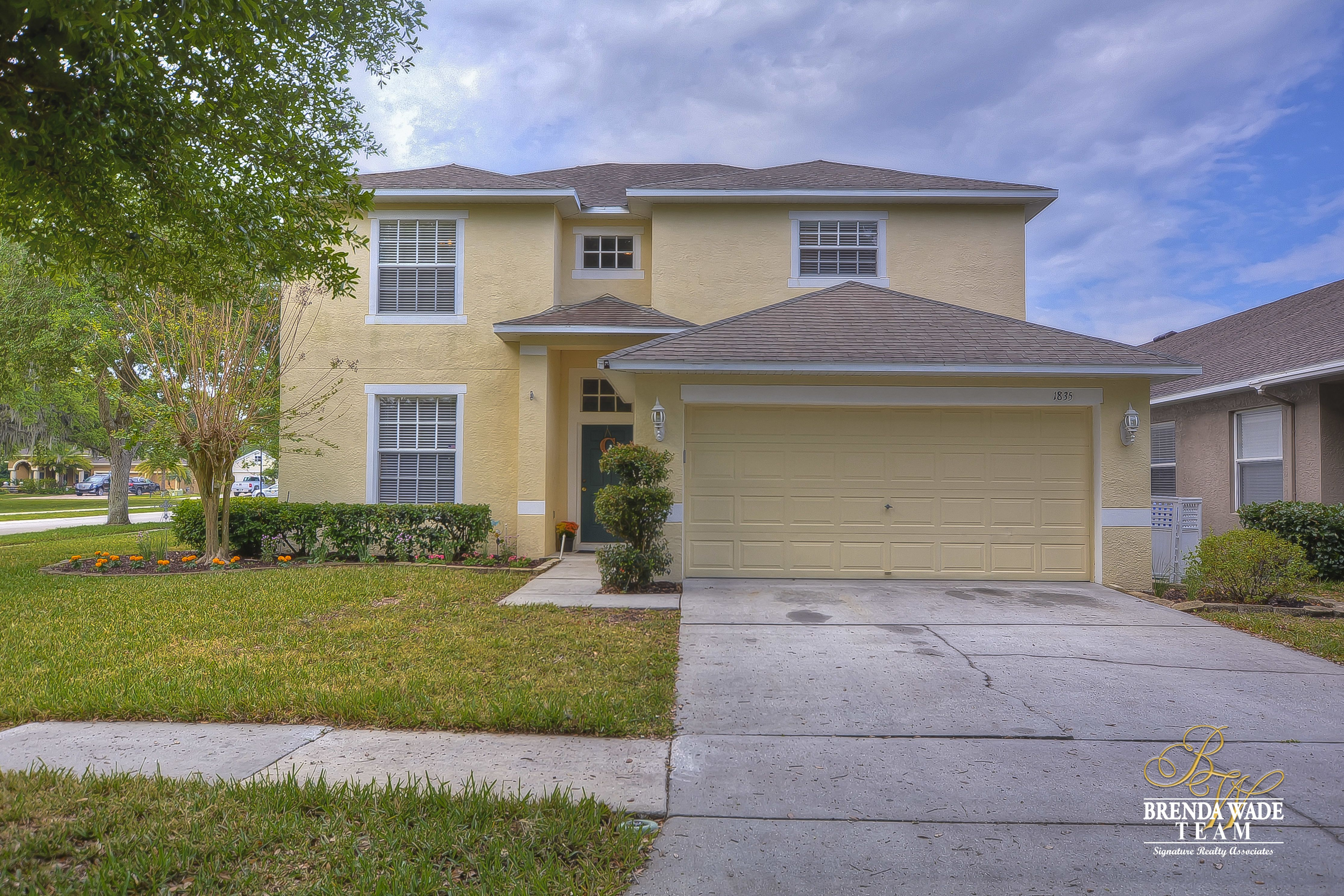 1835 Greystone Heights Dr   Walk in shower, Swimming pools ...