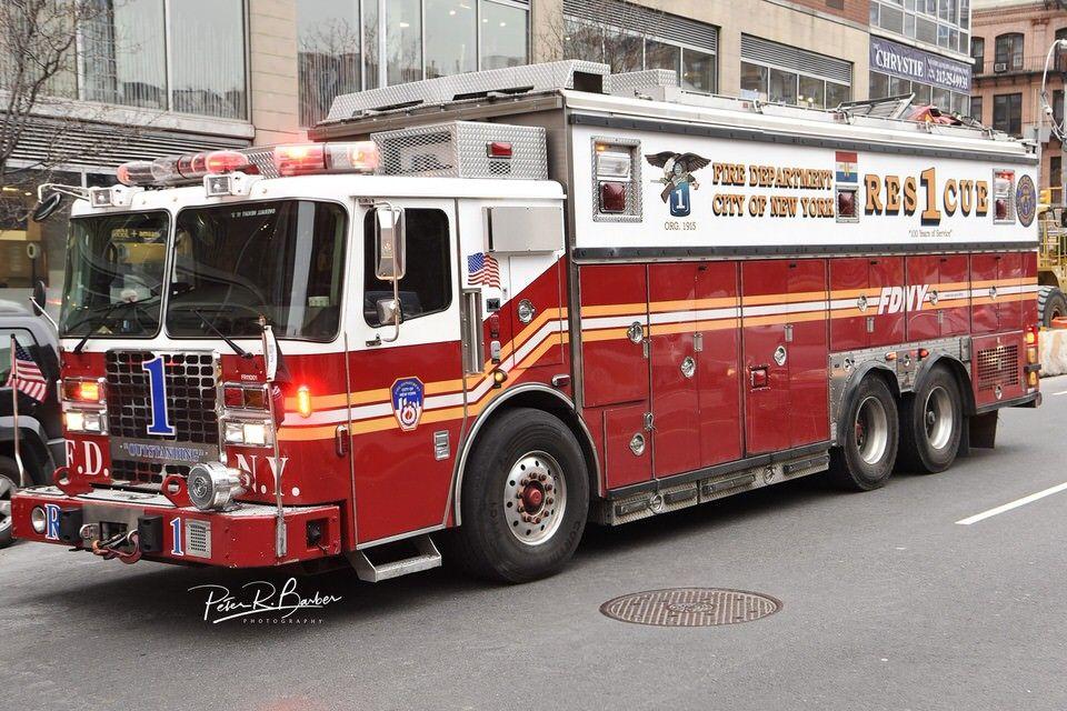 Fdny Rescue 1 Outstanding Manhattan Fire Trucks Emergency Vehicles Police Truck