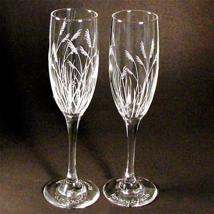 2 personalized beach wedding champagne flutes sea grass engraved gifts for bride and groom. Black Bedroom Furniture Sets. Home Design Ideas
