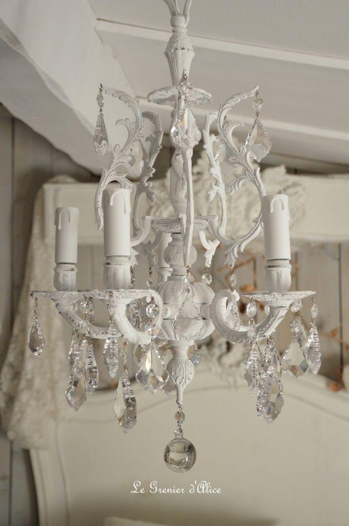 lustre cinq branche patine blanche lustre shabby chic et romantique pampille cristal ange. Black Bedroom Furniture Sets. Home Design Ideas