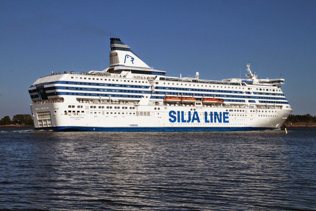 kships: Silja Serenade in Helsinki, 22 May 2014