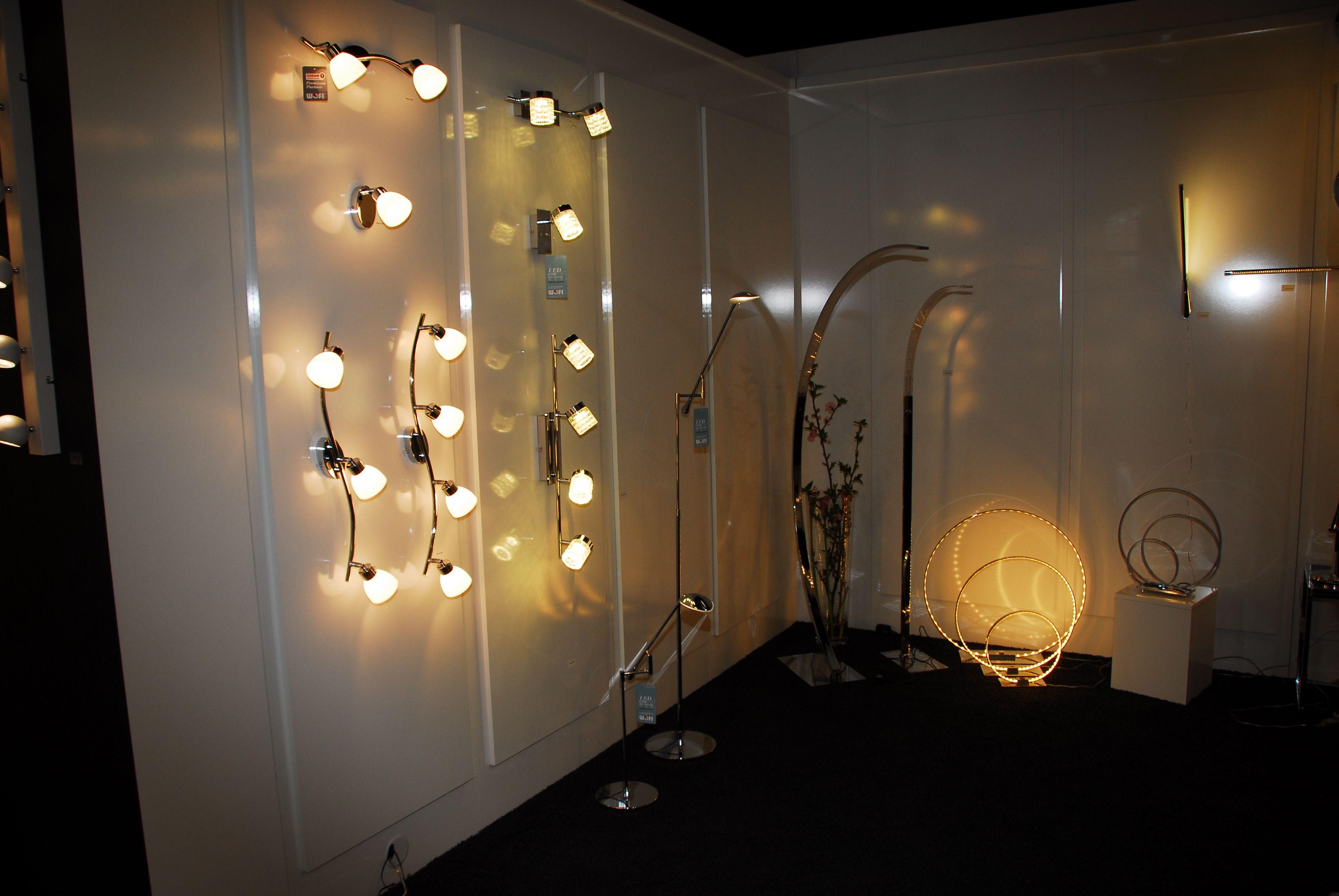 Wofi Leuchten Messeauftritt Messestandideen Messeideen Messeistallation Messearchitektur Messekonzept Messeinspira Lampen Und Leuchten Wofi Lampen Lampen