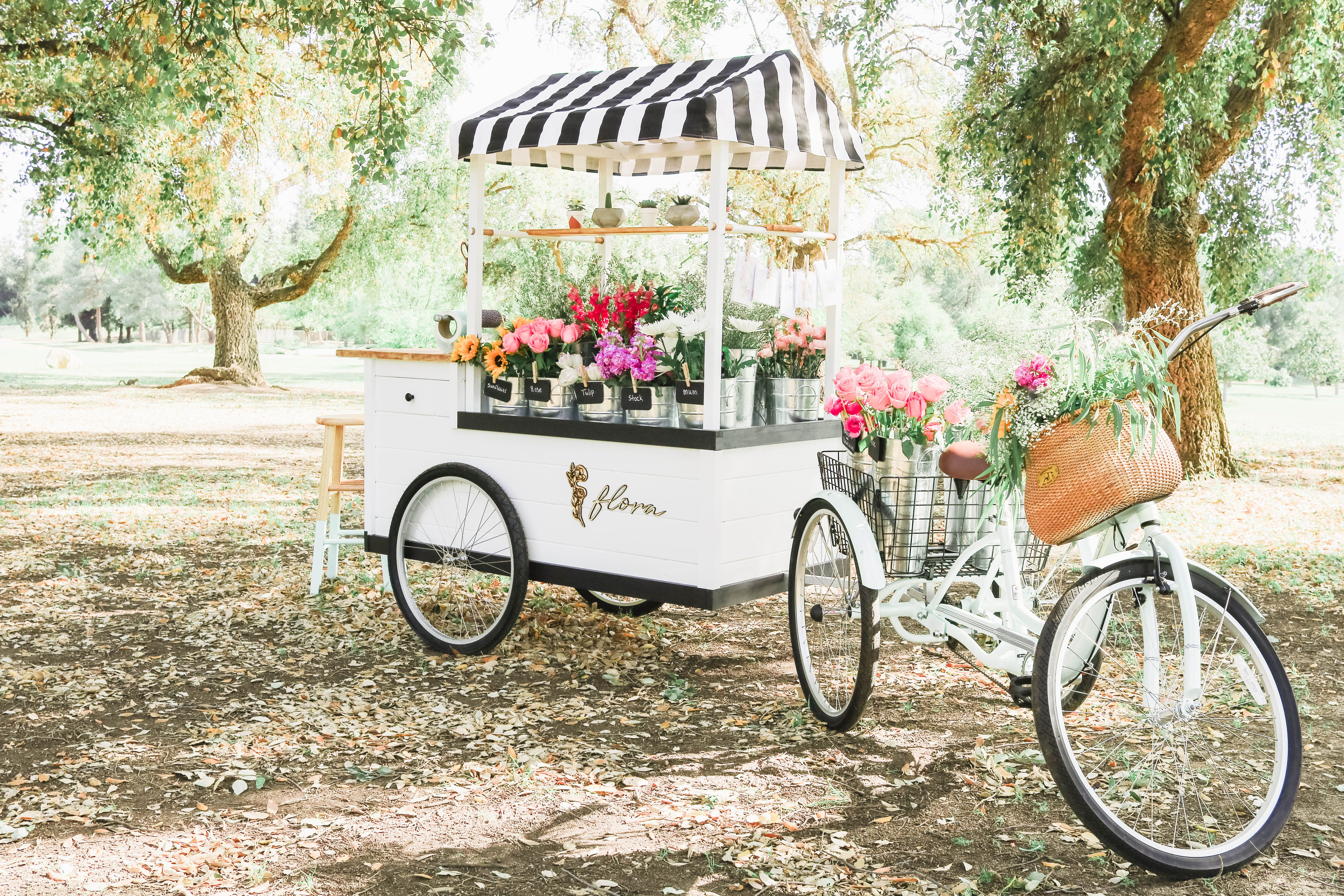 Flora Flower Cart Make Your Own Bouquet In Central California Flower Cart Flower Truck Flower Stands