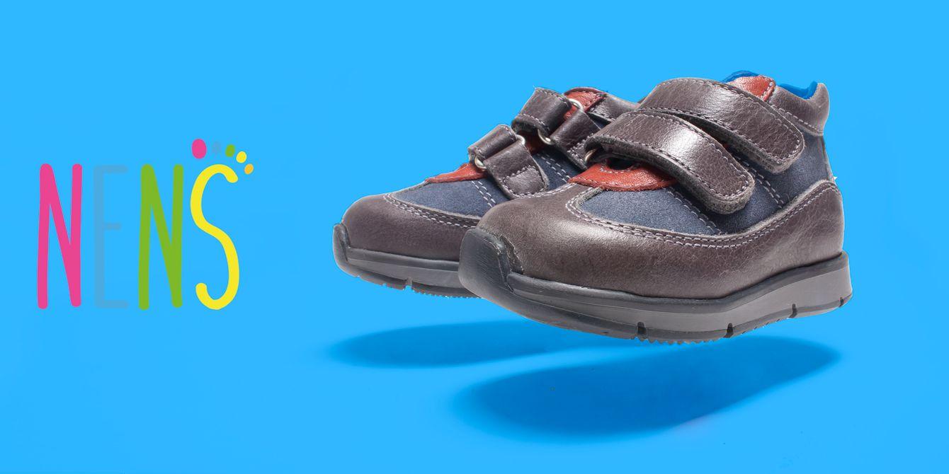 NENS BOTINES AW 17-18 Haz que tu pequeño sea el niño más chulo del parque con estos botines NENS.  Un niño feliz empieza por un buen calzado #nens #calzadoinfantil #kidsfashion #childrensshoes