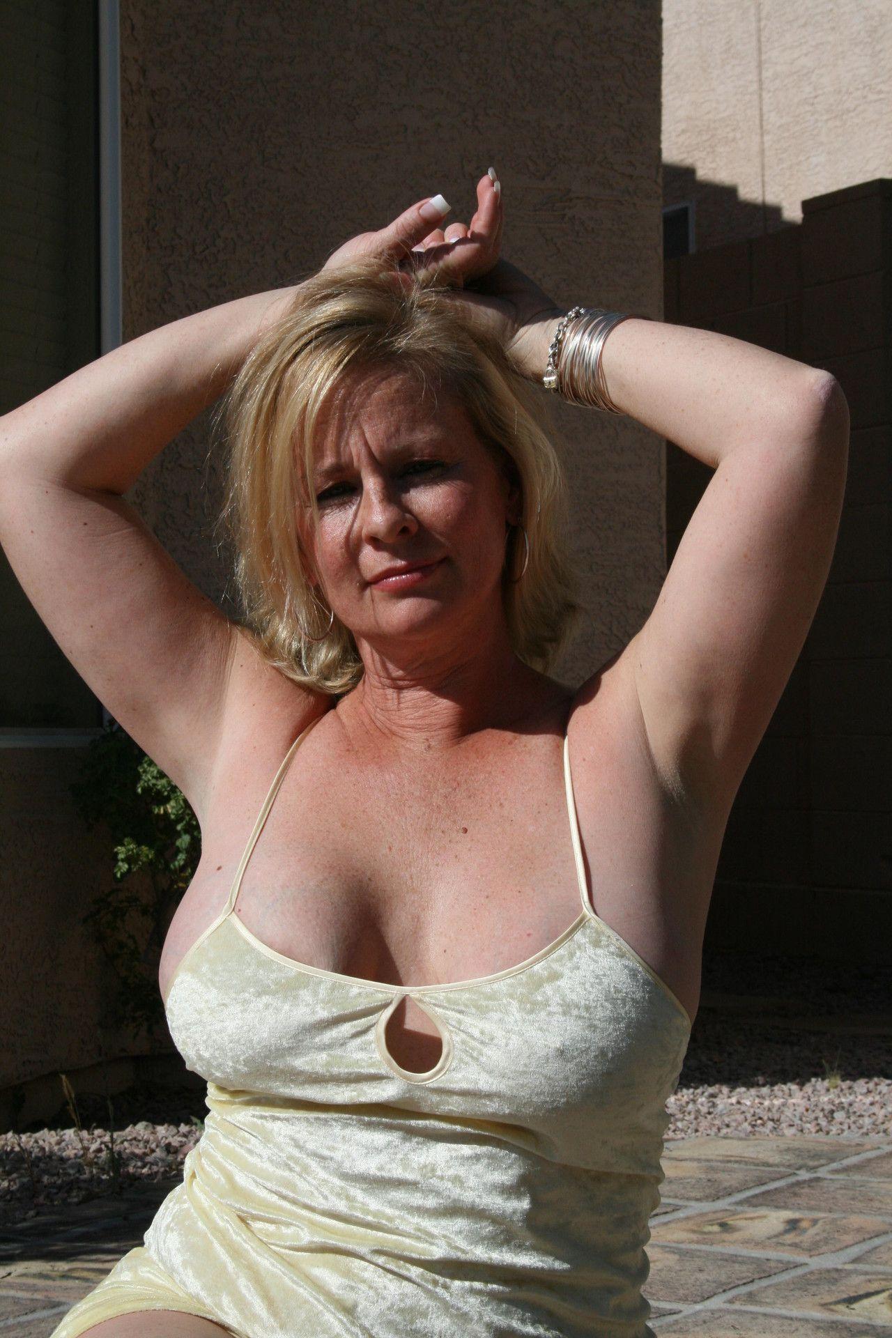 cherche femme sur whatsapp Brive-la-Gaillarde