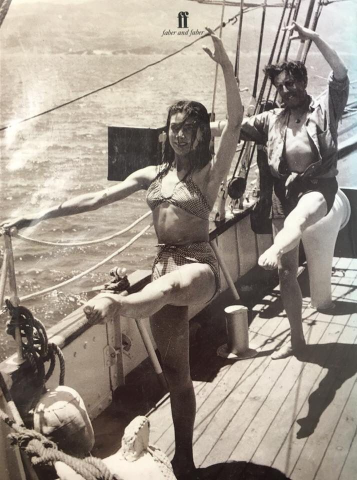 Dame Margot Fonteyn and Sir Frederick Ashton at the barre in a boat #cardiobarre