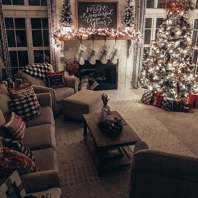 Cozy Christmas Living Room Tour - Beauty For Ashes #christmas