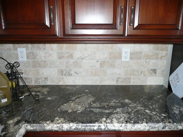 Natural Stone Subway Tile Backsplash Re Dark Counters