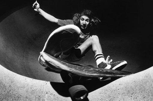 I Skate Therefore I Am Tony Alva Talks About Pool Skateboarding Skateboard Skateboard Photos Vintage Skateboards