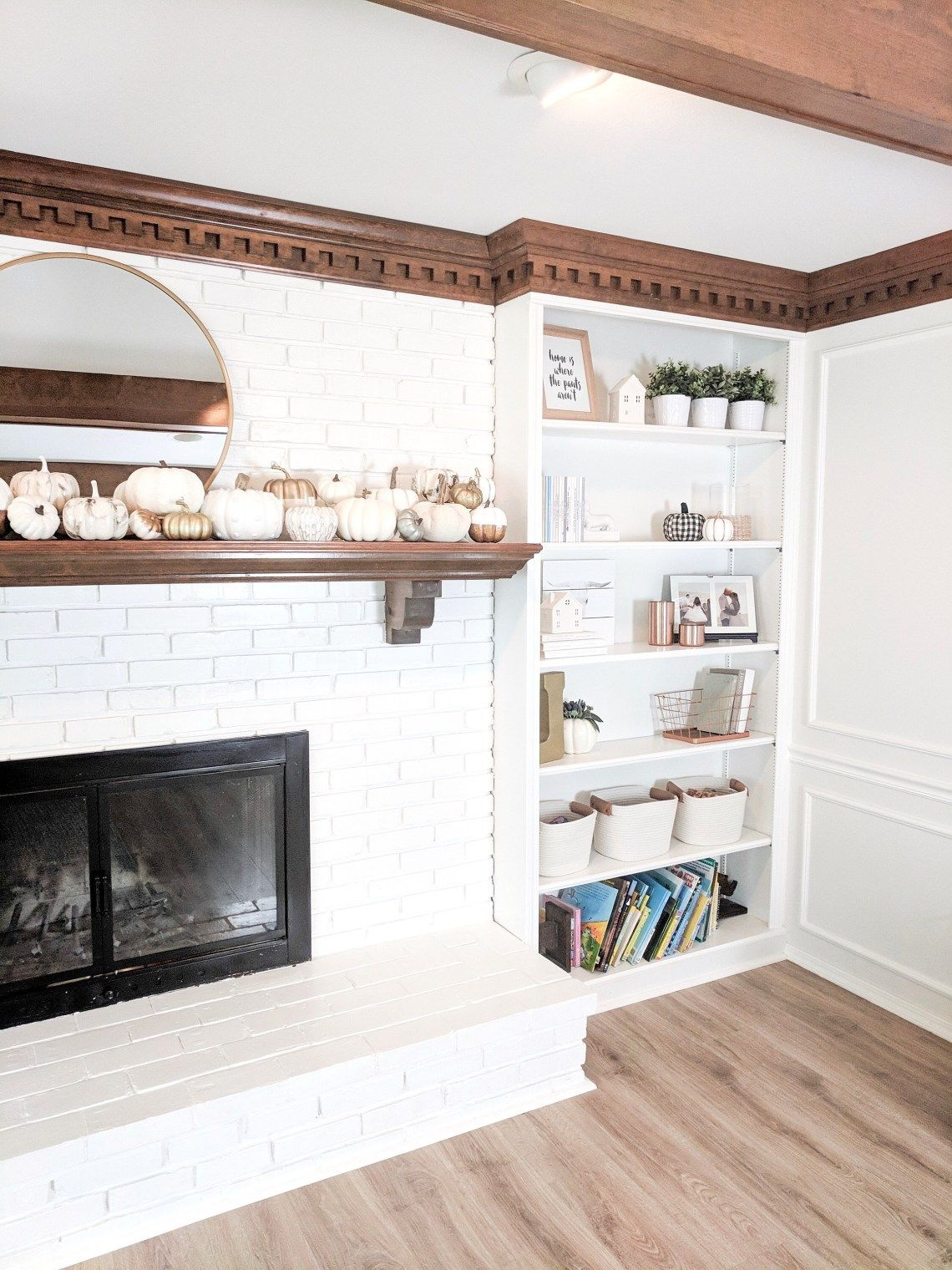 Decorating Shelving Shelves, Bedroom decorating tips