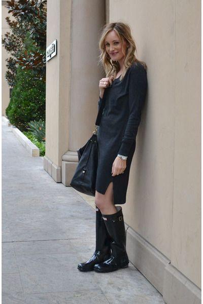 da0abbf62af3da gray sweater Baukjen dress - black Hunter boots - black Paul   Joe Sister  bag