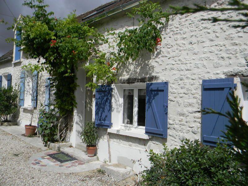 Des volets la maison aux volets bleus belles for Couleur volet maison