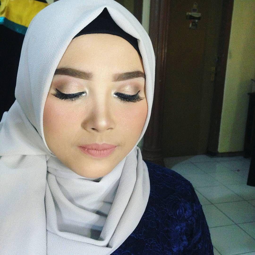 Happy Graduation Umm Graduation Flawless Makeup And Hijab