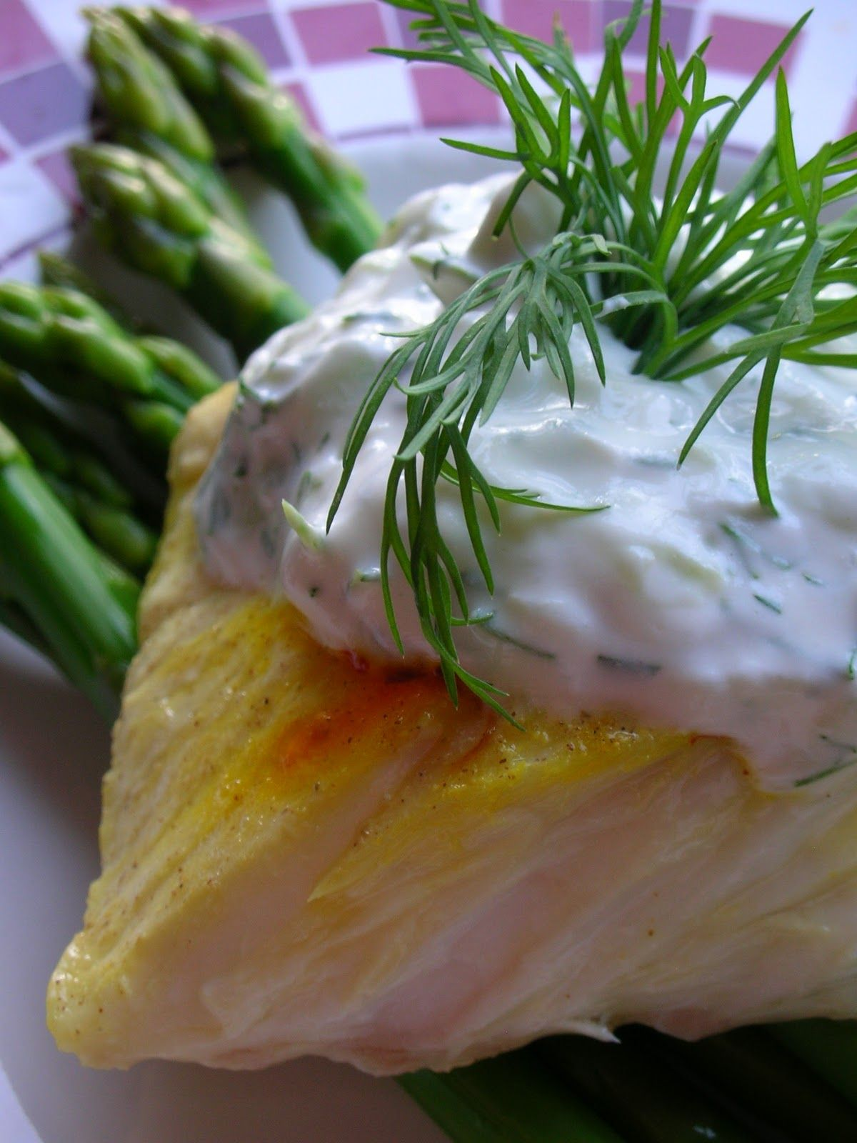 Poached Halibut With Saffron And Cucumber Dill Sauce Instead Of Sour Cream I Would Use Greek Yogurt Cucumber Dill Sauce Cucumber Dill Dill Sauce
