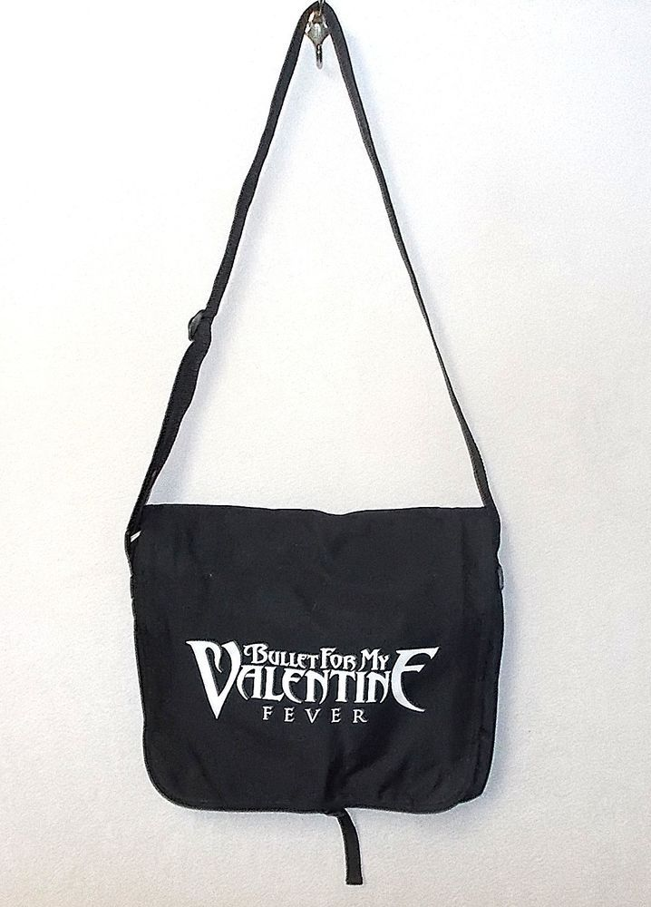 Pin by NoodlesNotions on Online auctions | White bag, Bullet for my  valentine, Messenger bag