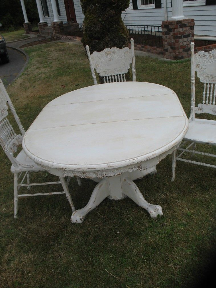 Furniture Oval White Wooden Dining Table With Claw Legs Connected By Three White Wo Shabby Chic Dining Tables Wooden Dining Chairs White Round Kitchen Table