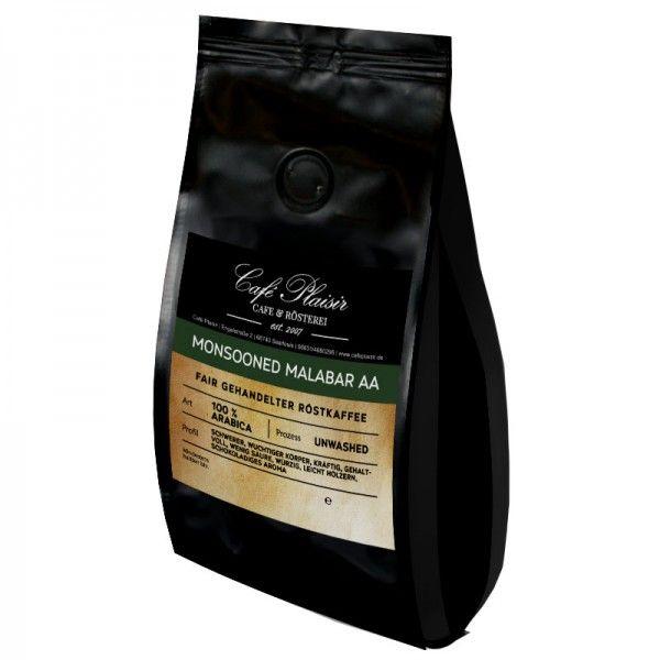 Monsooned Malabar AA  Dem indischen Monsun ausgesetztem Kaffee wird seine ursprüngliche Säure entzogen. Er hat einen gehaltvollen...