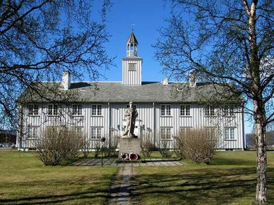 Altagård, Altaveien 225, 9515 Alta, Norway - Bolig for amtmannen i Finnmarken 1740-1815, brent av tyskerne under evakueringen mars 1945, og etter krigen gjenoppbygd i samme stil.