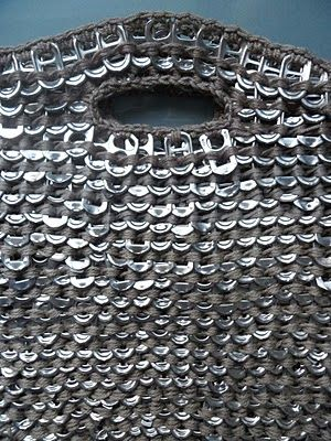Recycled pop can tabs. VMSomⒶ KOPPA: 'ryyppykassi'