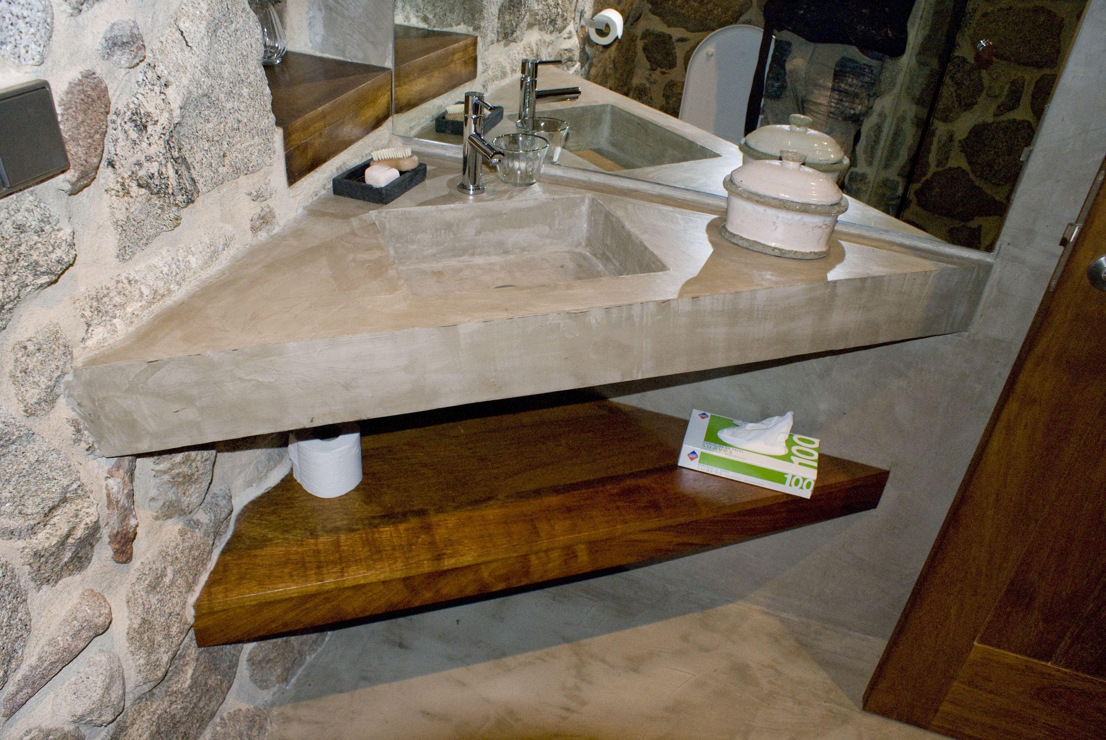 Pavinor lavabo en esquina. #microcemento #baños #reformas www.pavinor.es