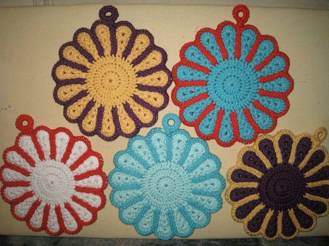 Flower sunburst crochet potholder pattern -- free ravelry crochet ...