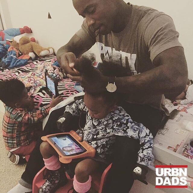 Yes. Dads do hair too. Do anyone here is wondering where all the kids posts are go check out @lovewithchance to see what they are up to. #thetrendykidz #cutekidsfashion #frobabies #zarakids #daddydomyhair @laronlindsay #BeADadChallenge #dad #dads #father #fathers #movement  #blackdads #blackfathers #realdads #beanexample #Black #babies #kids #dads #family #love #like #follow  #support #urbndads #fatherhood #blackfathersmatter #blacklove #melanin