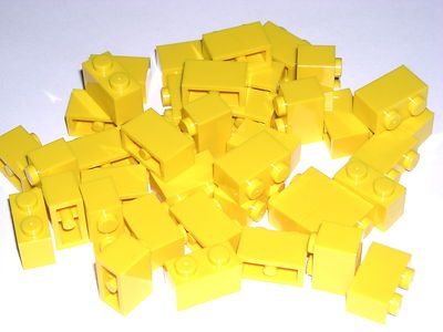 LEGO 40 Yellow 1x2 Bricks 1 x 2 2506 $1.99
