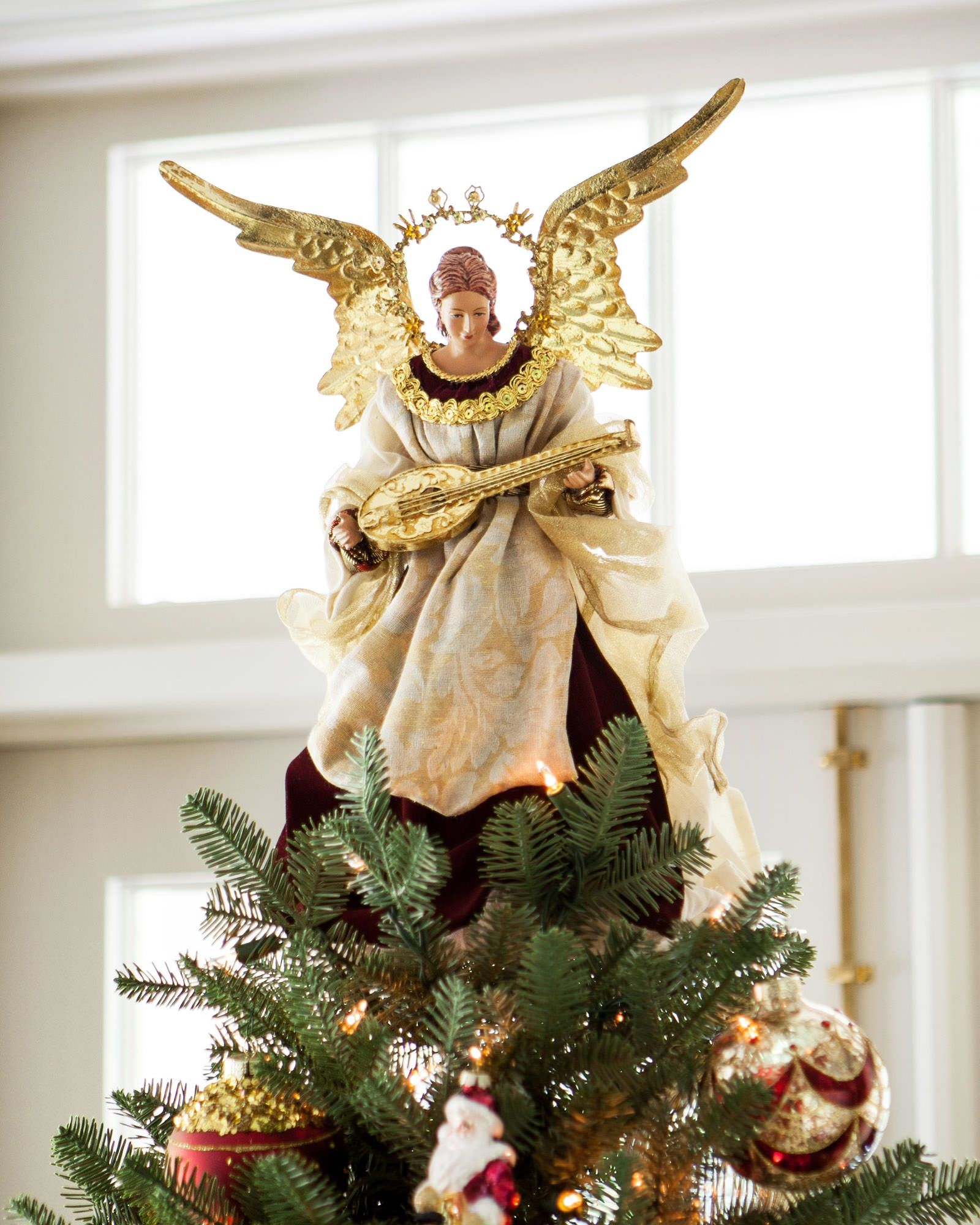 Angel christmas tree topper balsam hill christmas for Angel christmas tree decoration