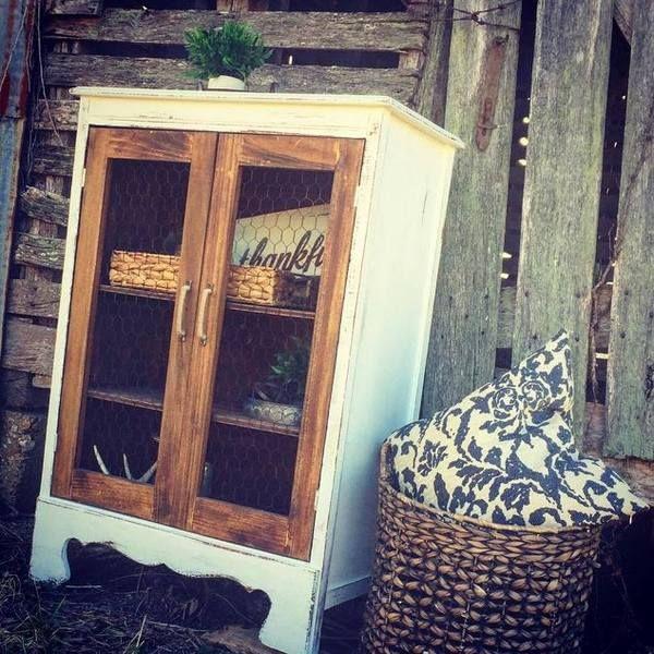 recycler ses meubles personnaliser ses meubles transformer un vieux meuble id es pour la. Black Bedroom Furniture Sets. Home Design Ideas