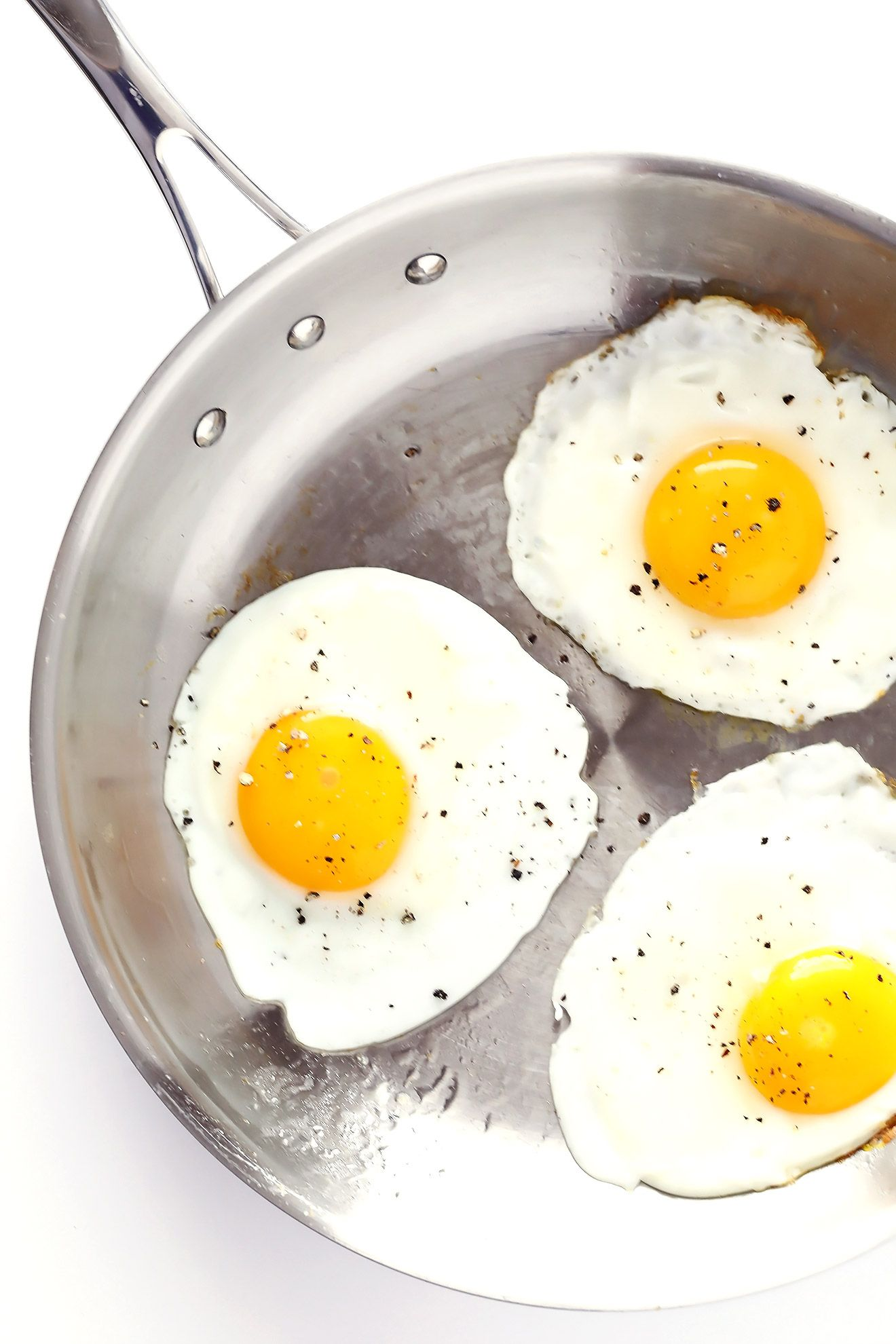 How To Make Fried Eggs 4 Ways Gimme Some Oven Bloglovin Fried Egg How To Cook Eggs Healthy Recipes