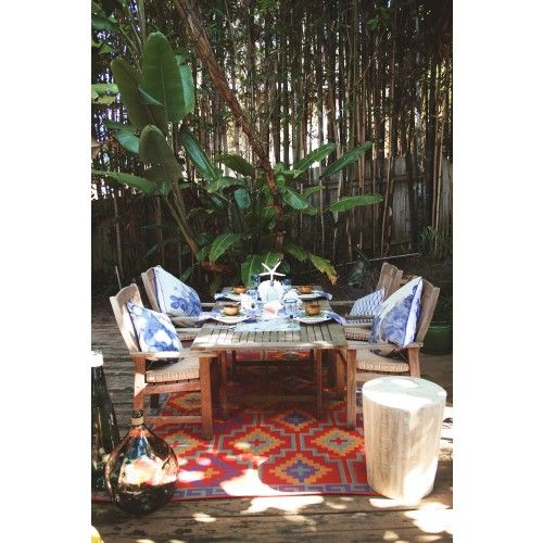 Eco Friendly Indoor Outdoor Rugs Great For The Environment Made From Recycled Plastic Outdoor Rugs Fab Habitat Outdoor Plastic Rug