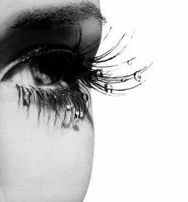 I have beautiful lashes black and white photography