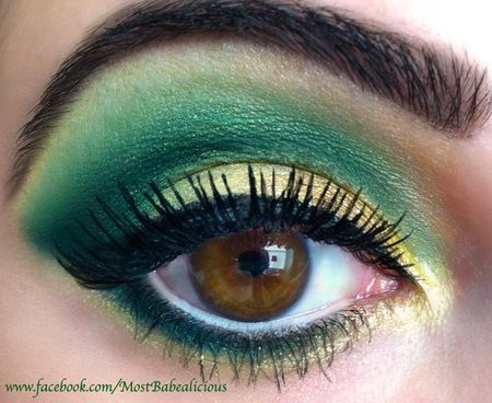 Christmas Eyes Gold And Green Trendy Eyeshadow Brown Eyeshadow Green Makeup